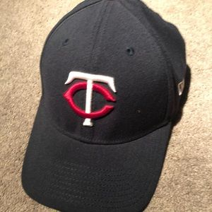 Medium / large Minnesota Twins Hat wore once